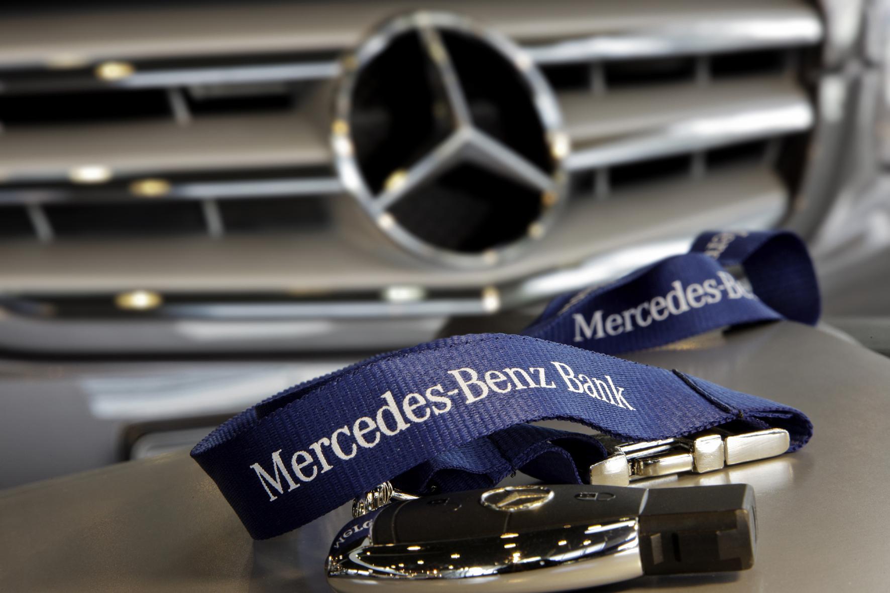 mid Groß-Gerau - Daimler Fleet Management bietet mit dem Kurzzeit-Leasing eine kostengünstige und flexible Möglichkeit, kurzfristig einen Neuwagen zu leasen. Von dem Angebot sollen vor allem Dienstwagenfahrer profitieren.