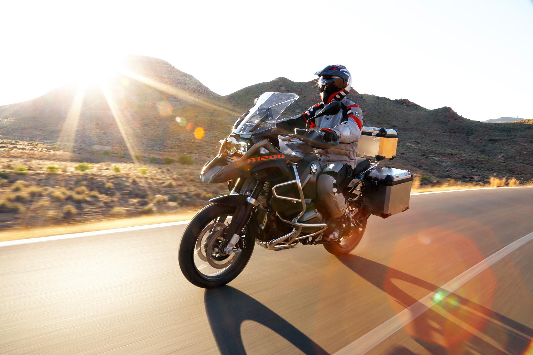 mid Ötztal/Timmelsjoch - Ein wahrer Koloss in der Motorrad-Szene: die BMW R 1200 GS Adventure.