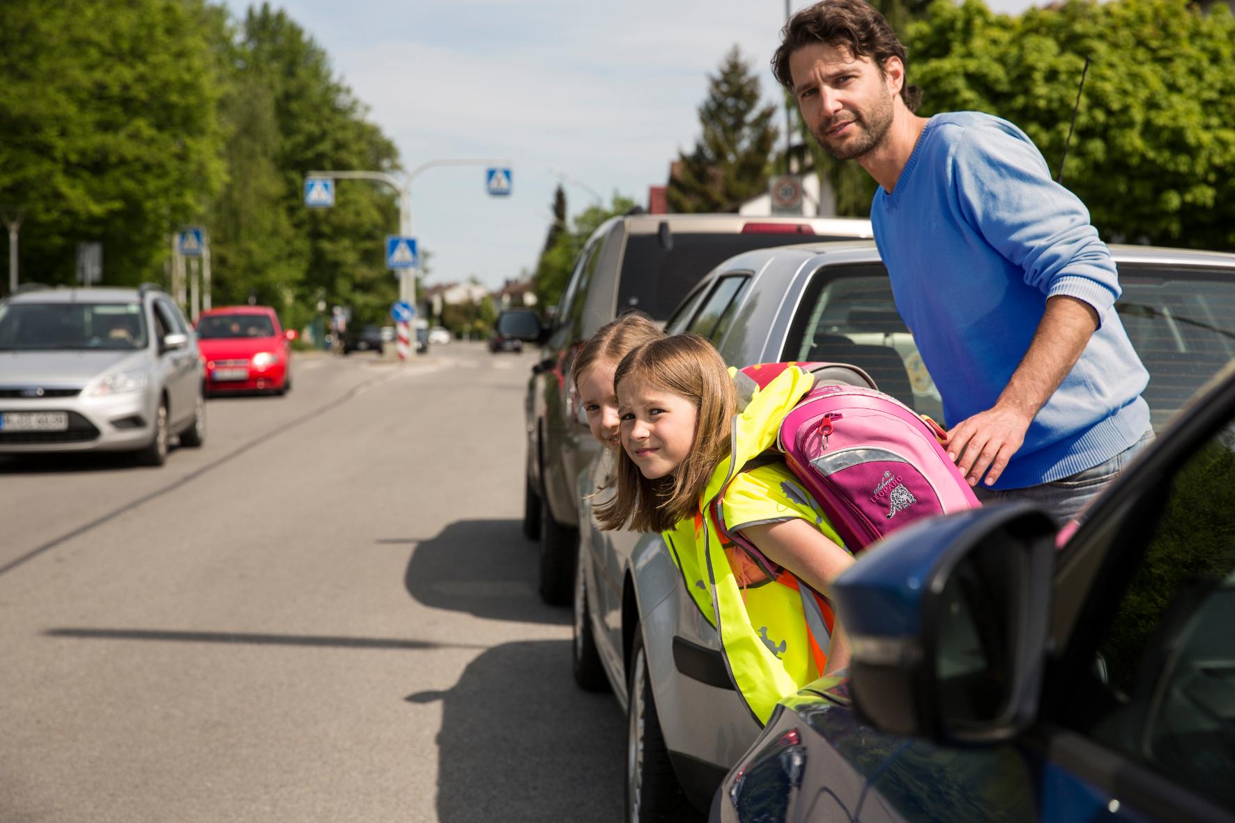 """mid Groß-Gerau - Der """"richtige"""" Schulweg ist nicht immer der kürzeste. Wichtig ist, dass Kinder möglichst wenig Kreuzungen mit viel Verkehr überqueren müssen. Eine Hilfestellung bieten Schulwegpläne."""