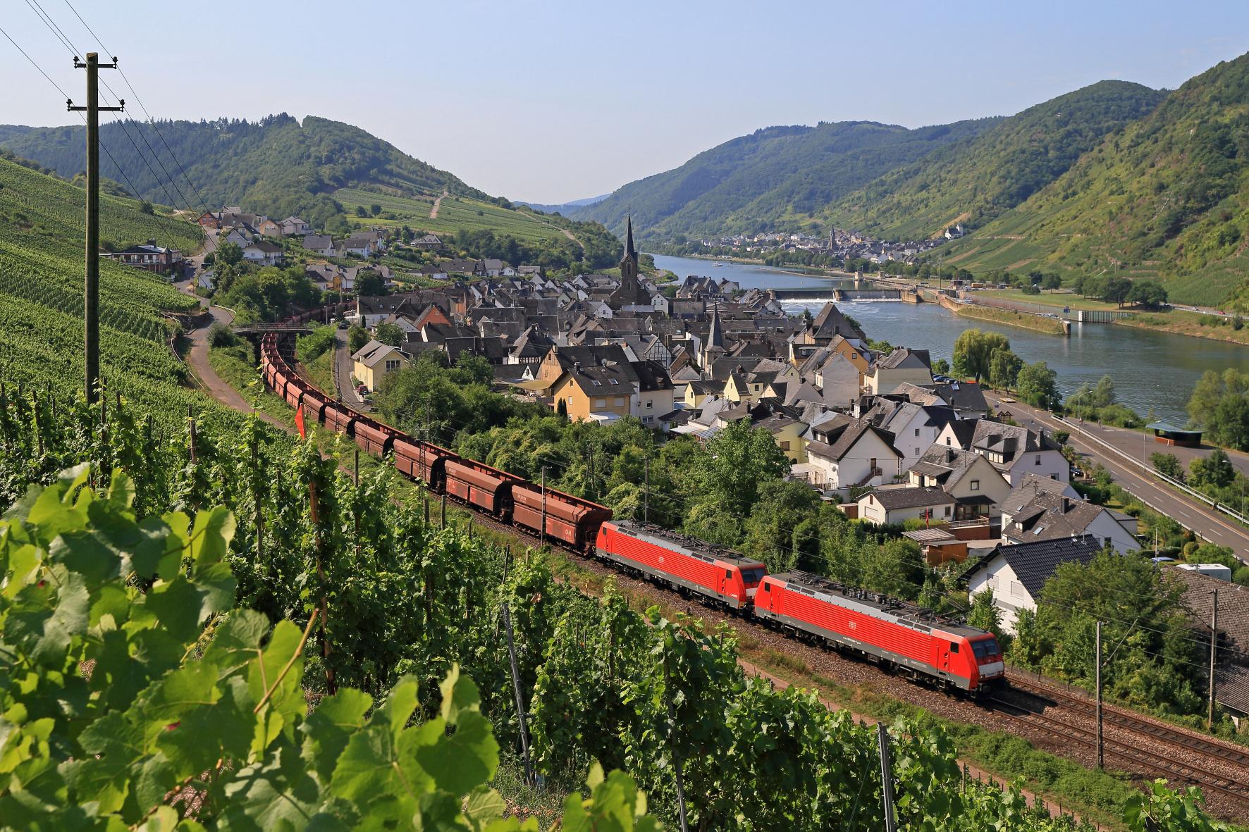 mid Groß-Gerau - Wenn es eng wird, ist Ausweichen schwierig. Auf solchen Strecken kämen lange Güterzüge kaum aneinander vorbei.