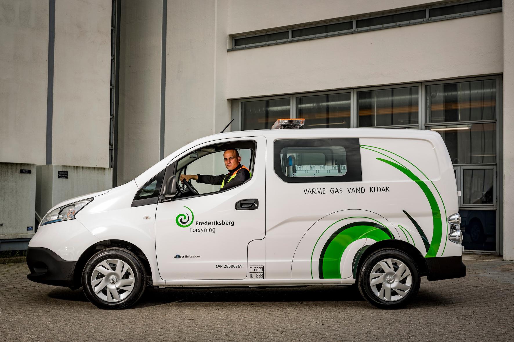 mid Groß-Gerau - Fahrer eines Nissan e-NV20 können nicht nur Strom tanken, sondern diesen auch wieder ins Netz zurückspeisen.