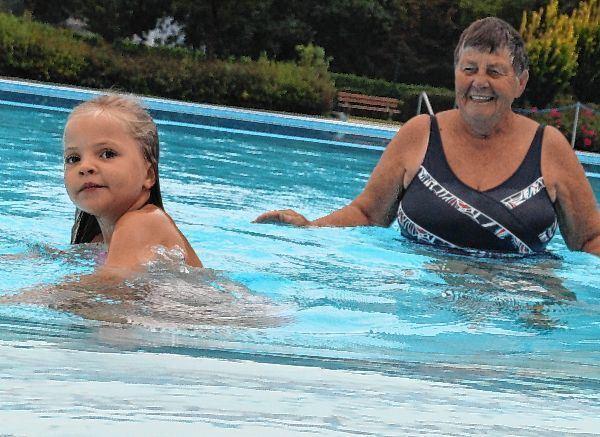 Im Schwimmbad zuhause - Mannheimer Morgen - Mannheimer Morgen