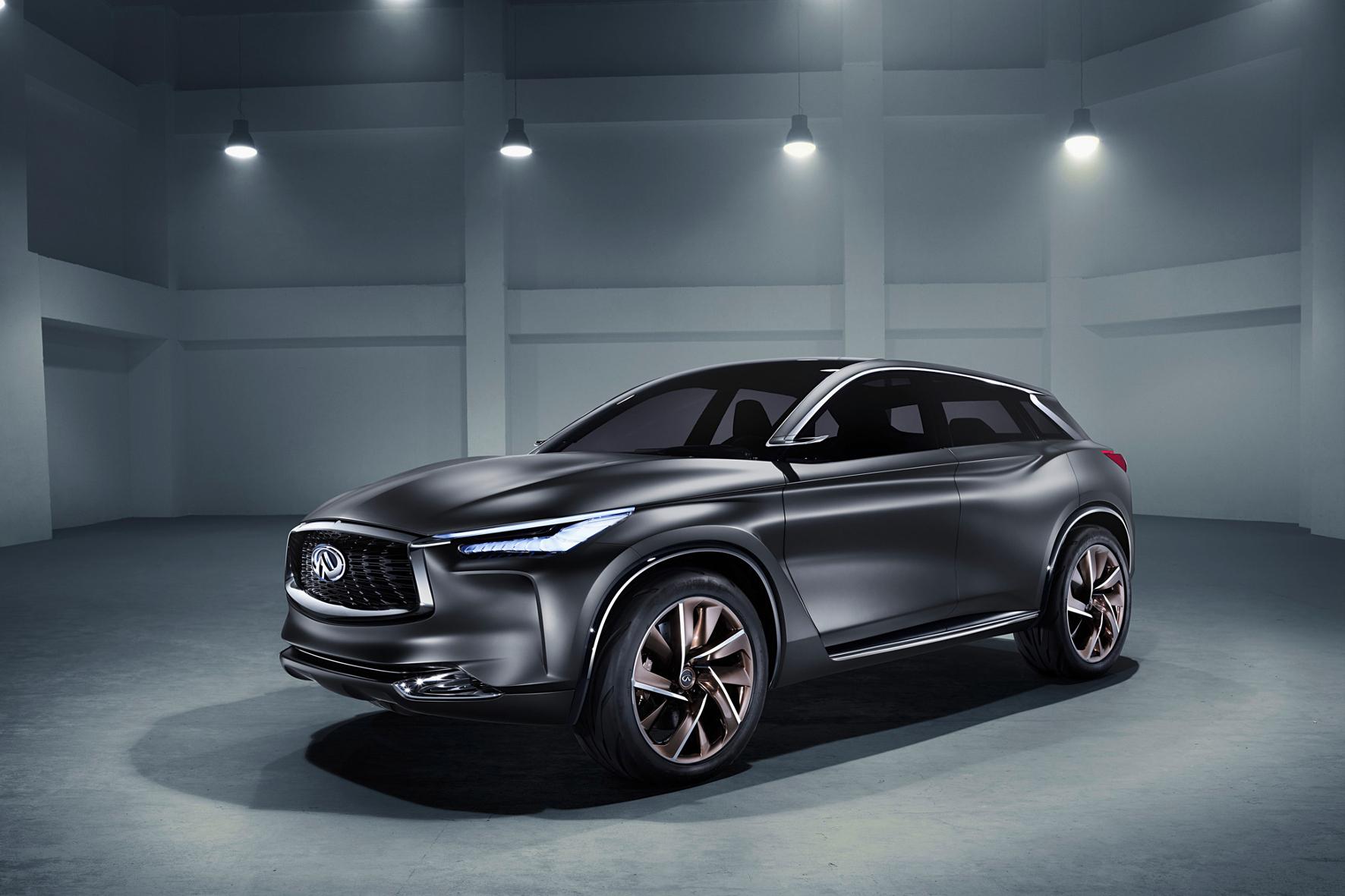 Paris - Weiterentwickelt: Sport Inspiration heißt diese QX-Studie Infiniti, die zeigt, wie deren Autos morgen aussehen sollen.