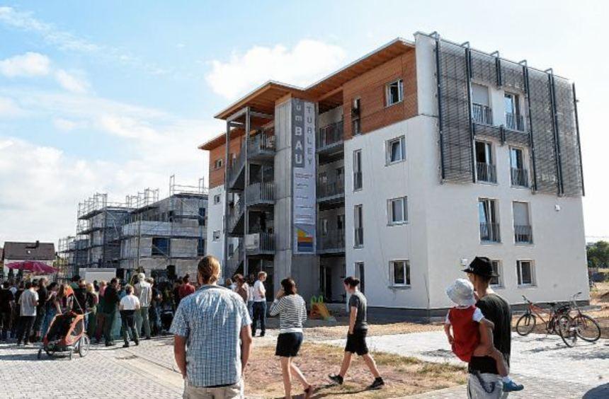 Drei Projekte des gemeinschaftlichen Wohnens haben sich auf dem Turley-Gelände präsentiert. Es ...