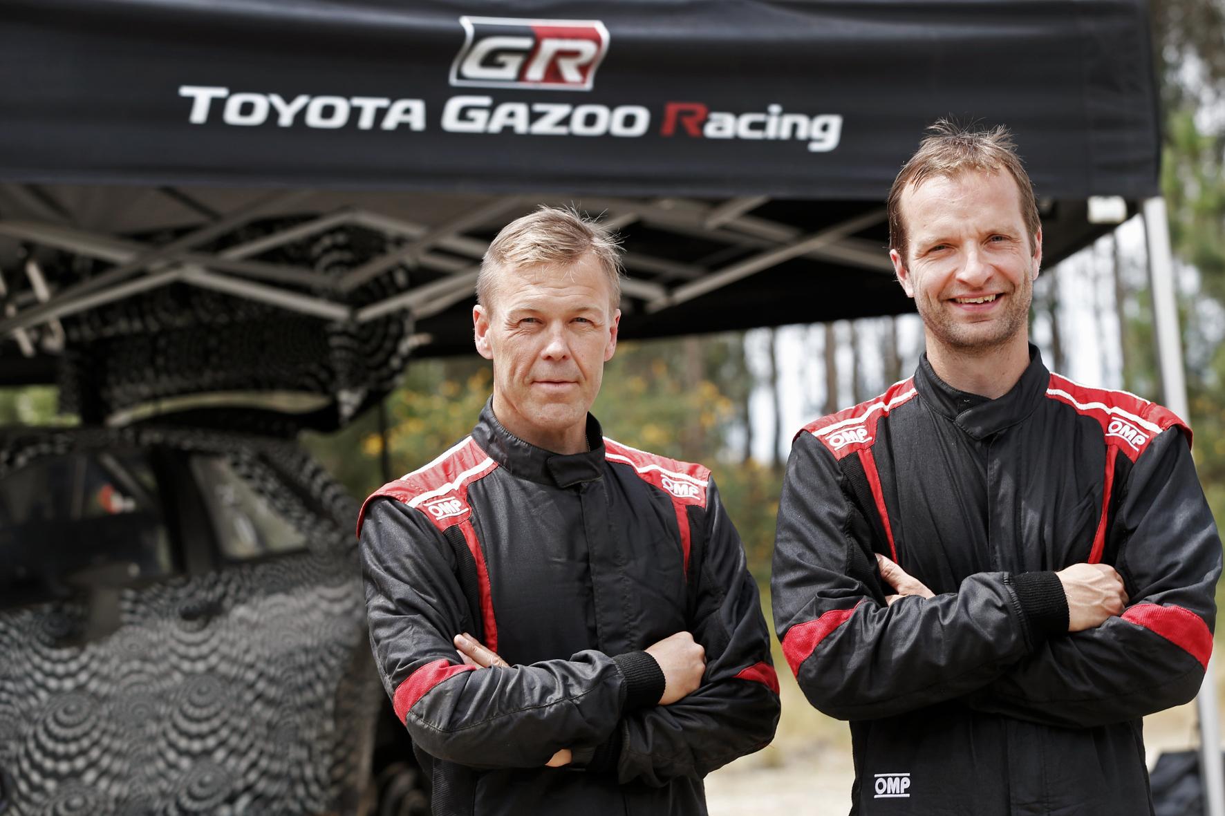 mid Groß-Gerau - Finnen Connection: Juho Hänninen (rechts) und Beifahrer Kaj Lindström wollen 2017 in der Rallye-WM mit Toyota für Furore sorgen.