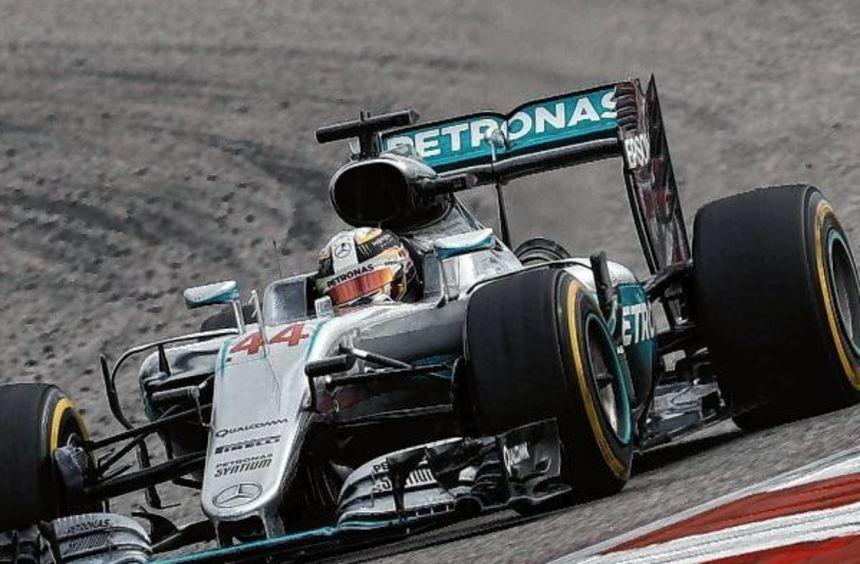 Lewis Hamilton fuhr vom Start weg ganz vorne. Im Silberpfeil holte der Brite seinen 50. ...