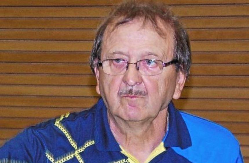 Herbert Landwehr gilt mit seinen drei Spieleinsätzen am Wochenende als Vorbild für viele betagte ...