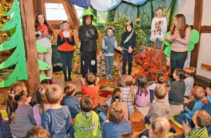 """Die Kinderbuchaufführung """"Der Grüffelo"""" begeisterte die Zuschauer am Samstag in der voll besetzten ..."""