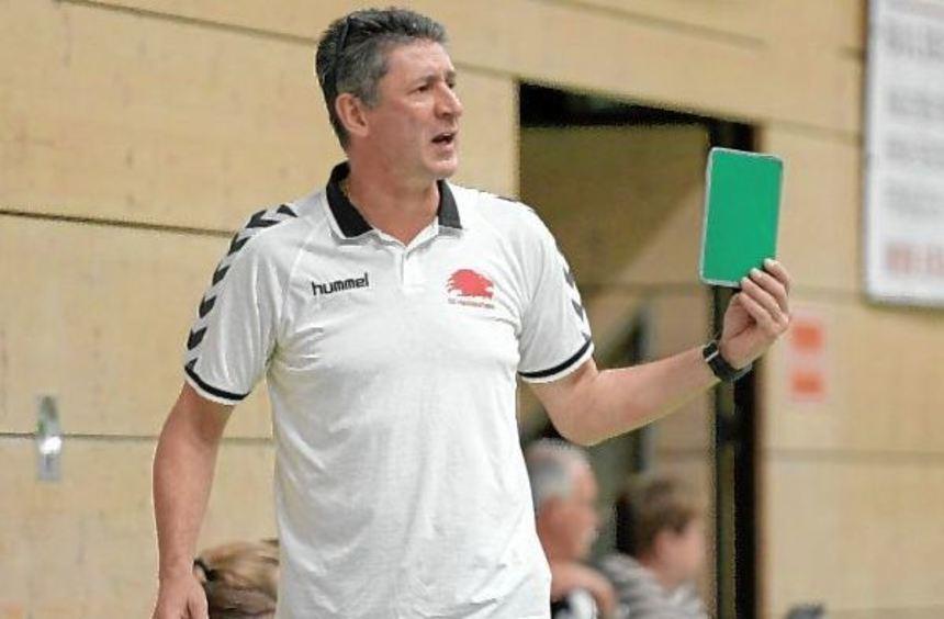 Heddesheims Trainer Branko Dojcak war von der hohen Auswärtsniederlage wenig begeistert, schuldete ...