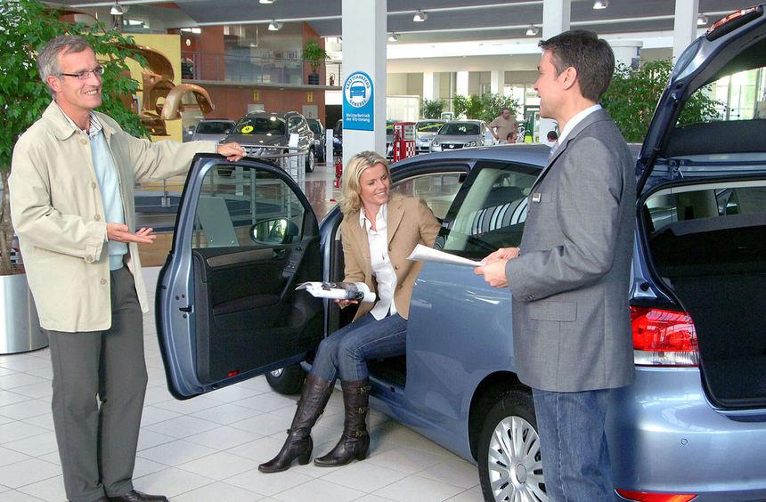 mid Groß-Gerau - Durch Service und persönliche Beratung können sich Autohäuser gegenüber ...