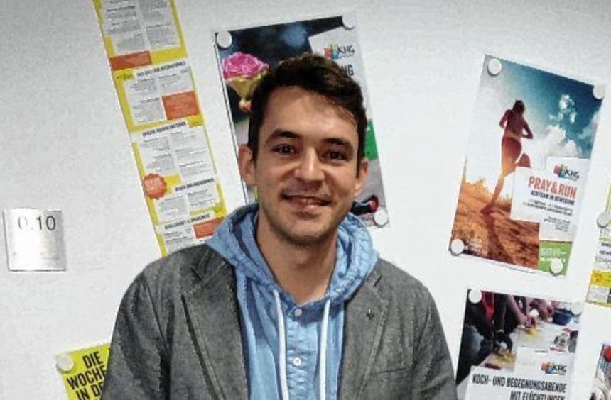 Martin Fletschinger an seinem neuen Arbeitsplatz in der Katholischen Hochschulgemeinde Mannheim.