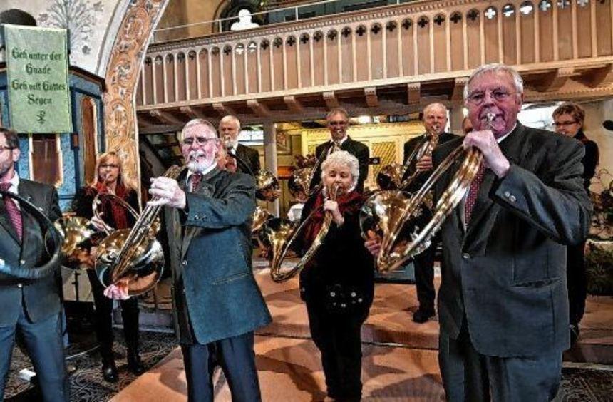 Bläser der Es-Parforce-Horngruppe vom Kreisjagdverband Groß-Gerau gestalteten die Hubertusmesse in ...