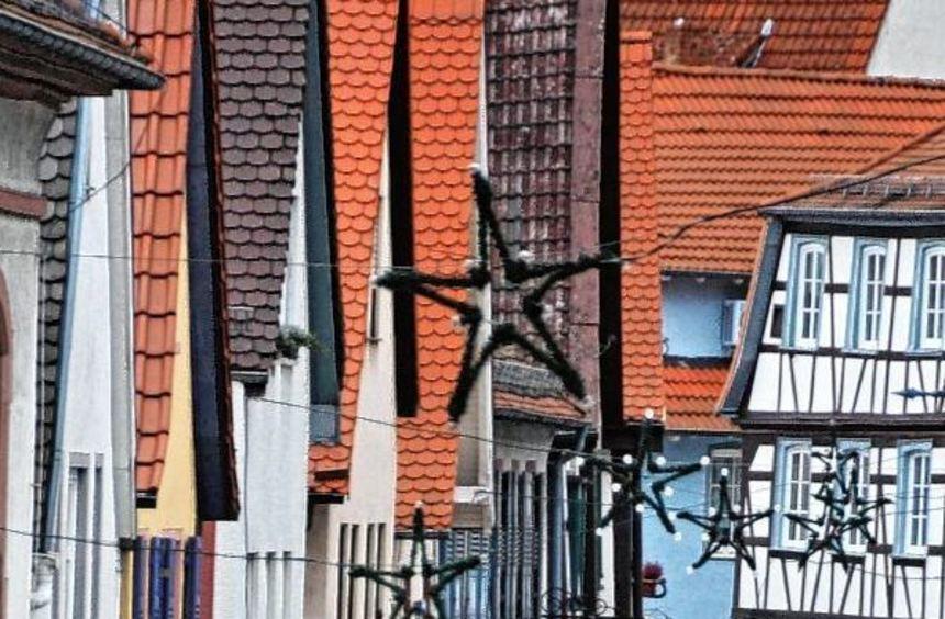 Romantische Gassen in der Zwingenberger Altstadt bergen auch Konfliktpotenzial - zum Beispiel ...