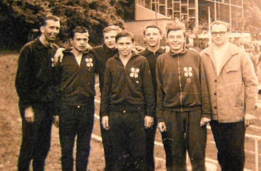 Die Männer der ersten Stunde und die Vertreter der drei einladenden Vereine, mit Karl Kern ...