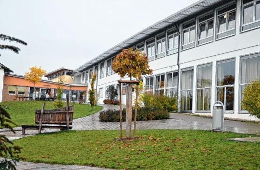 Für die energetische Sanierung der Martin-von-Adelsheim-Schule sagte das Regierungspräsidium ...