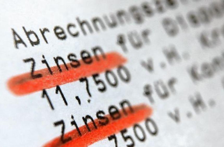 Verbraucherschützer hatten die Deutsche Bank sowie die Targobank wegen unverhältnismäßig hoher ...