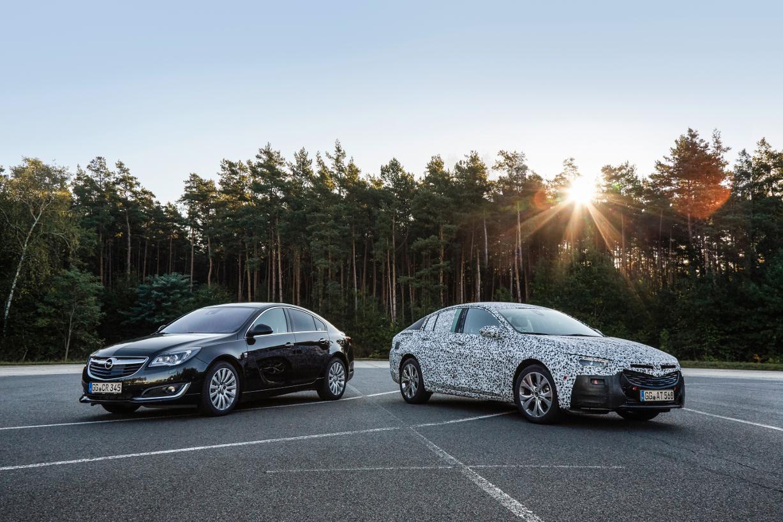 mid Hornbach - Alt und neu: Die zweite Genration des Opel Insignia (hier noch getarnt) geht im Frühjahr 2017 an den Start.
