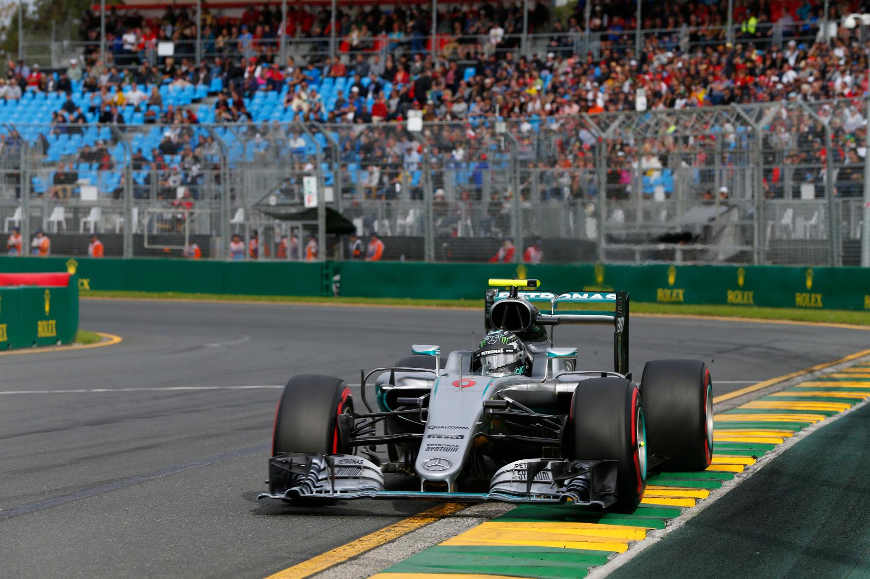 mid Groß-Gerau - Mercedes dominiert die Formel 1 auch 2016 nach Belieben. Auf einen Heim-Grand-Prix im kommenden Jahr kann sich das Mercedes AMG F1-Team dennoch nicht freuen