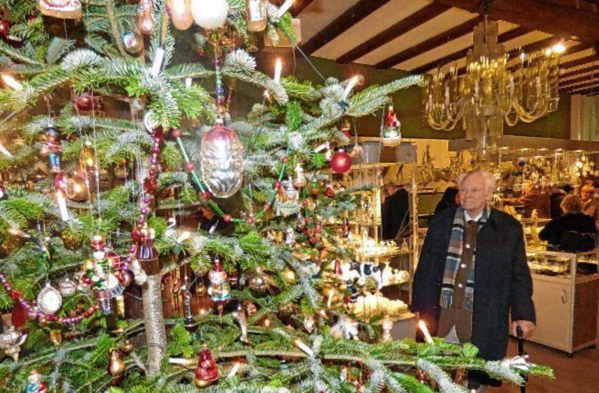 Die Weihnachtsausstellung im Wertheimer Glasmuseum stieß bei ihrer Eröffnung am Samstag auf großes ...