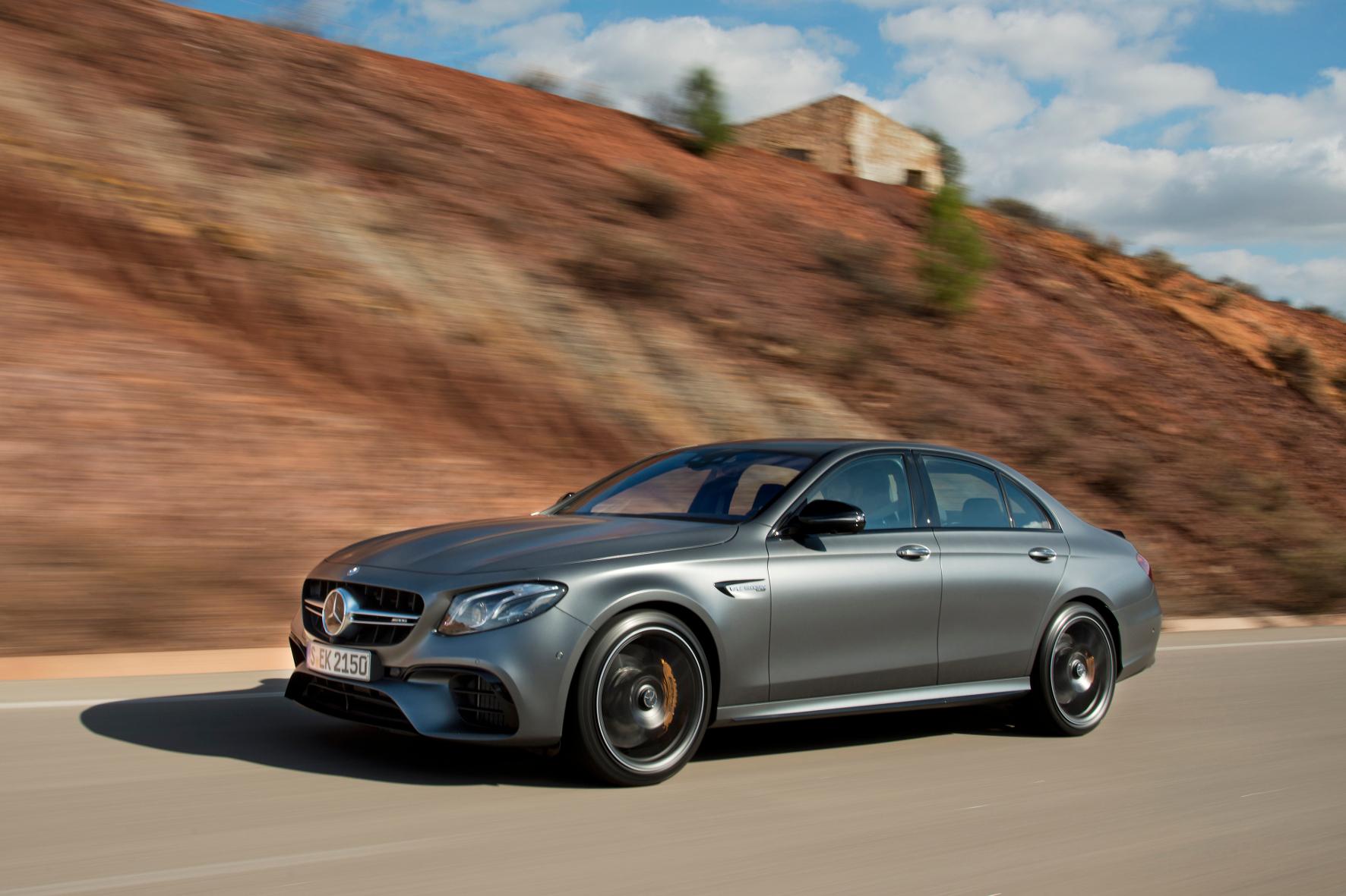 mid Faro - Das neue Oberhaupt der E-Klasse-Familie von Mercedes-Benz: der AMG E63 S.