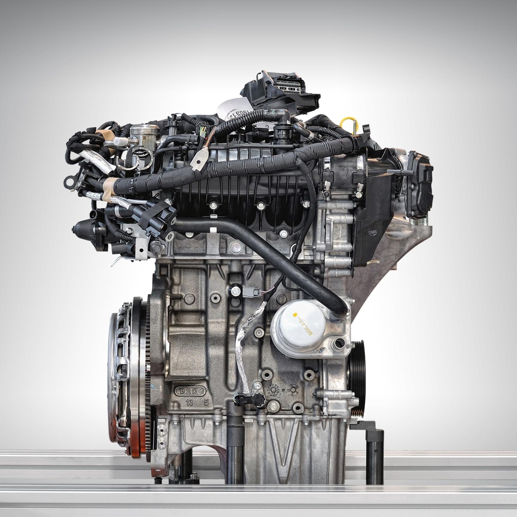mid Groß-Gerau - Mehrfach ausgezeichnet und dennoch mit Verbesserungspotenzial, das jetzt gehoben wird: Der 1,0-Liter-Ecoboost-Dreizylinder kommt 2018 mit Zylinderabschaltung.