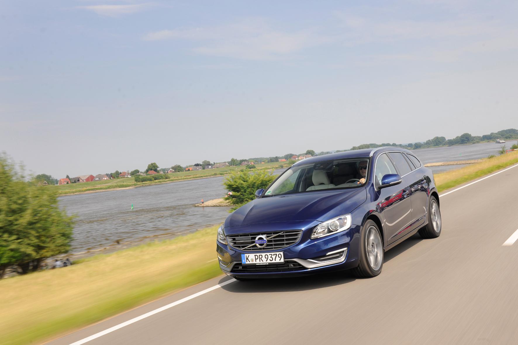 mid Groß-Gerau - Volvo ruft in Deutschland 7.863 Fahrzeuge mit 1,6-Liter-Motor in die Werkstätten. Sechs Modelle sind betroffen - unter anderem der V60 (Foto).