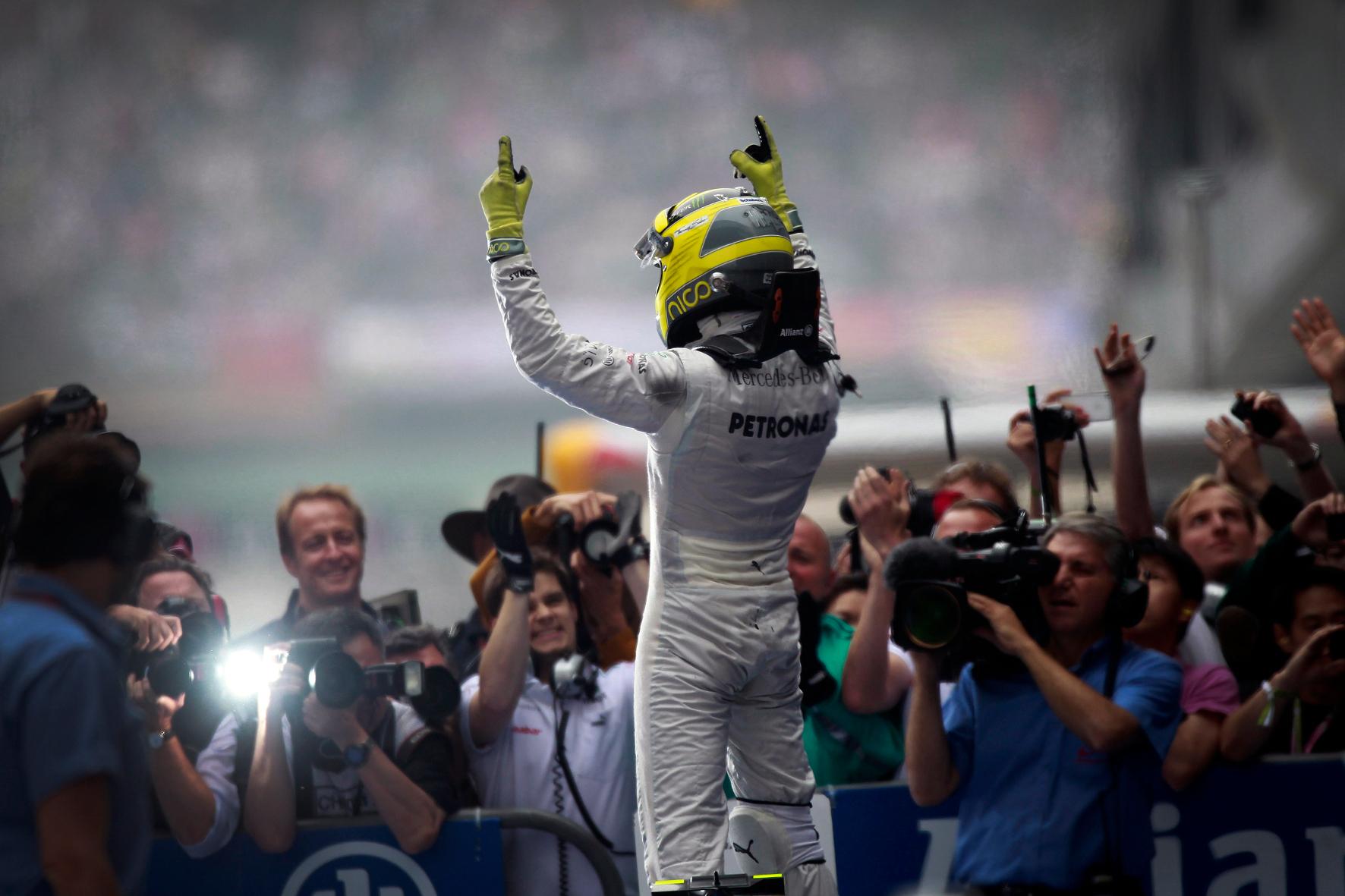 mid Groß-Gerau - Time to say Goodbye: Nico Rosberg steigt für immer aus dem Rennauto. Er tritt als Formel-1-Weltmeister auf dem Höhepunkt seiner Karriere. Respekt für diese Entscheidung.