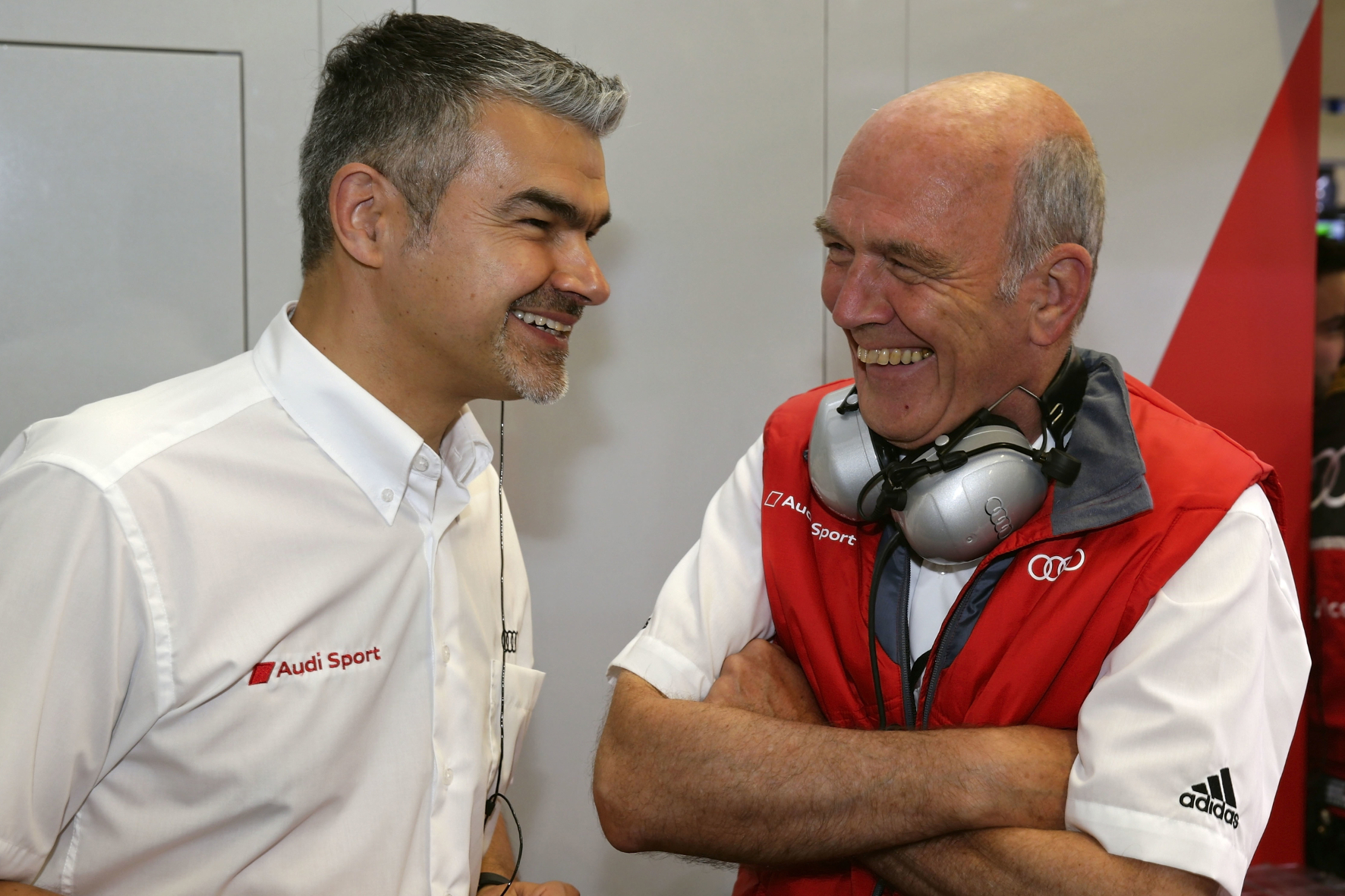 mid Groß-Gerau - Der Boss und sein Nachfolger: Audi-Motorsportchef Dr. Wolfgang Ullrich (rechts) räumt seinen Posten und übergibt das Kommando zum 1. Januar 2017 an Dieter Gass.