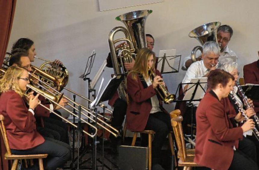 Garanten für einen schwungvollen Jahresbeginn: Die Musiker des KKMV erhalten wieder viel Beifall ...