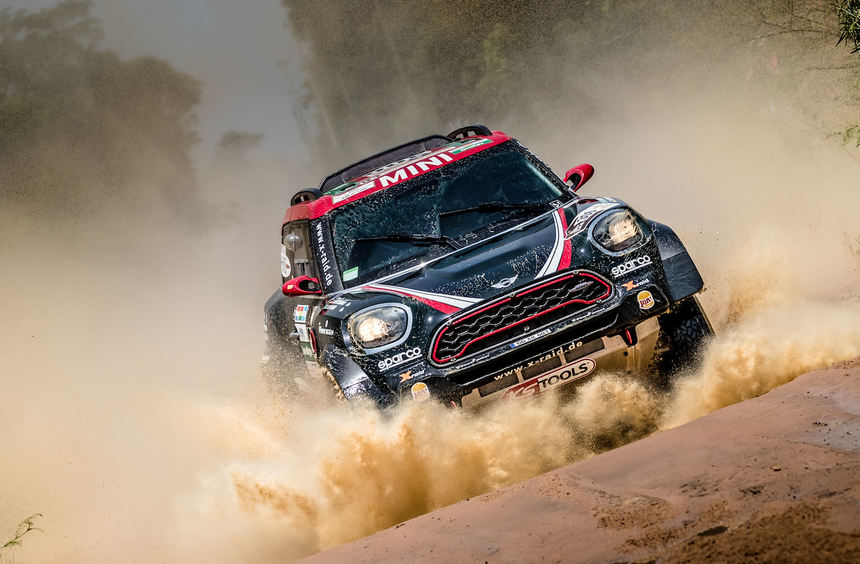 mid Groß-Gerau - Staubige Sache: Der Saudi Yazeed Al-Rajhi ist beim Auftakt der Rallye Dakar in ...
