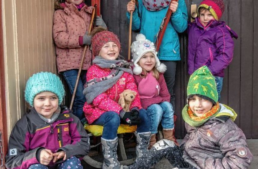 Winterschuhe, Schlitten und Skier: Hätte zwischen den Jahren nicht der Schnee gefehlt, hätte der ...