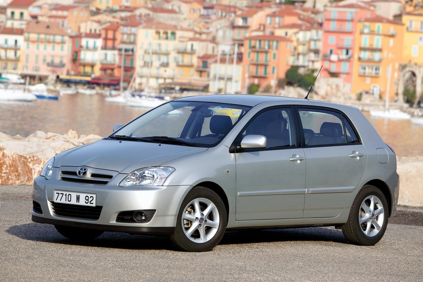 mid Groß-Gerau - Toyota startet einen Rückruf für Corollas der Baujahre 2002 und 2003 wegen fehlerhafter Airbags.