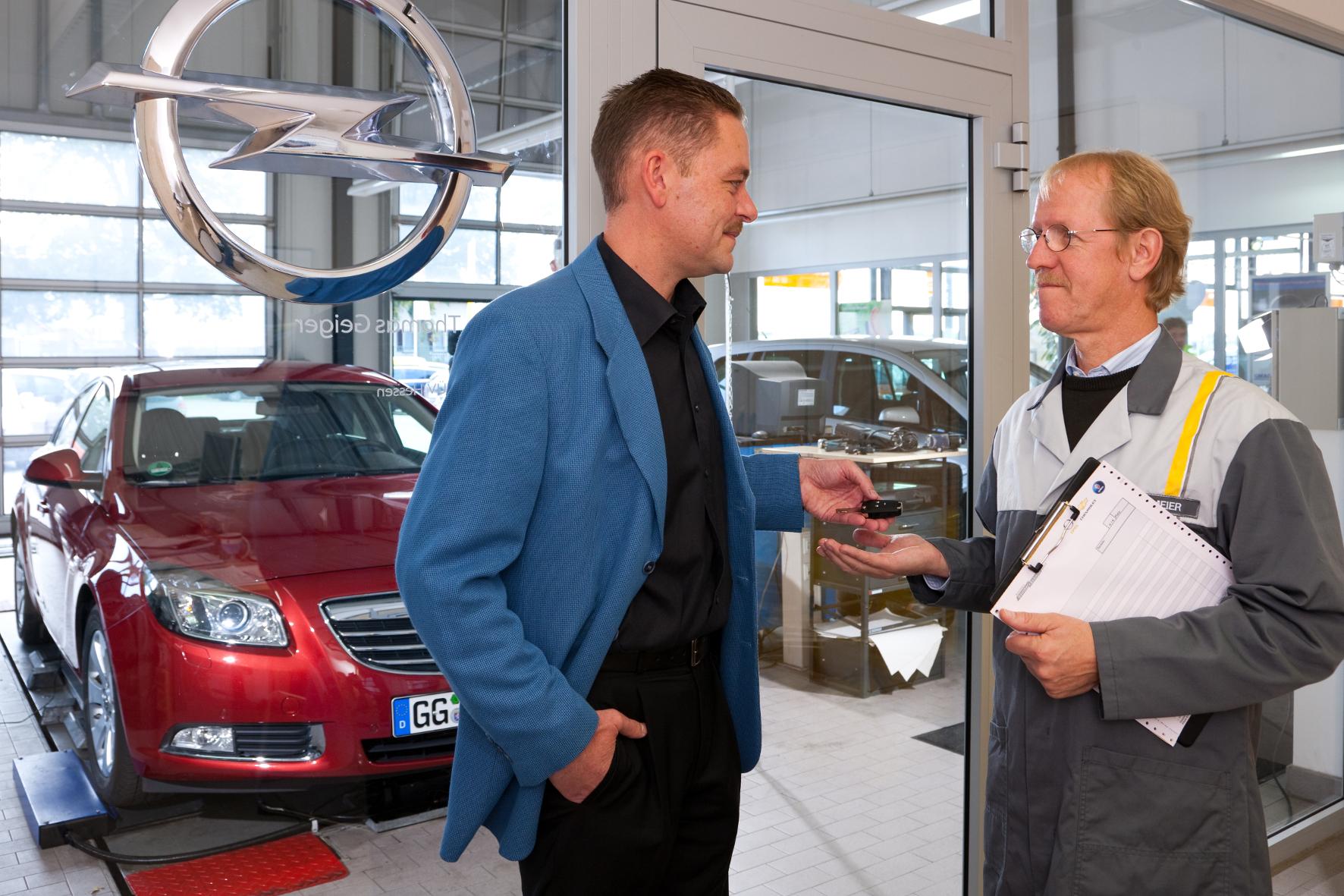 mid Groß-Gerau - Bei einer Umfrage zum Service und Preis-Leistungs-Verhältnis von Kfz-Werkstätten belegt Opel in der Gesamtwertung Platz eins.