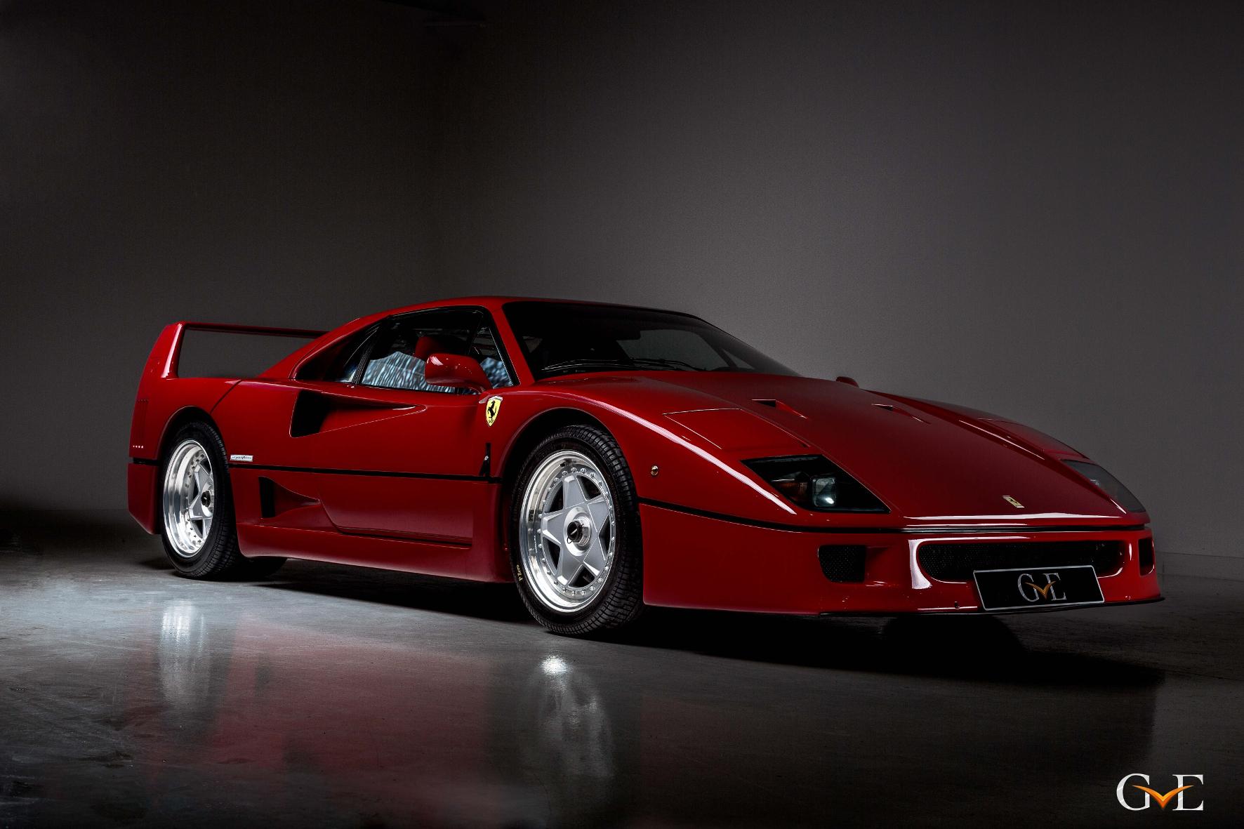 mid Groß-Gerau - Ein Traum in Rot: Diesen Ferrari F40 hat einst Eric Clapton gefahren. Jetzt steht er in London zum Verkauf.