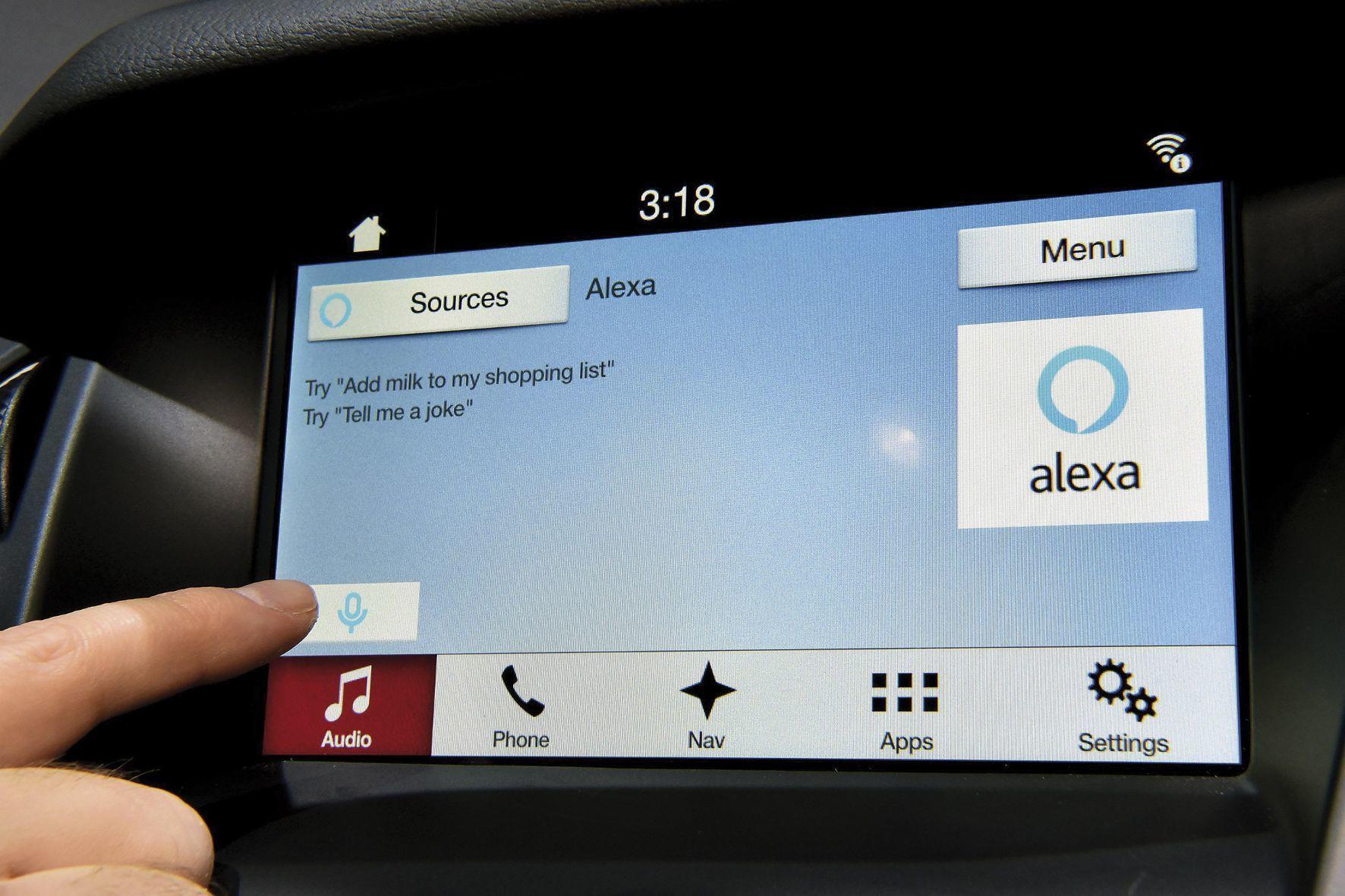 mid Groß-Gerau - Sprachbefehle sollen Kunden das mobile Shopping bei der Fahrt erleichtern.