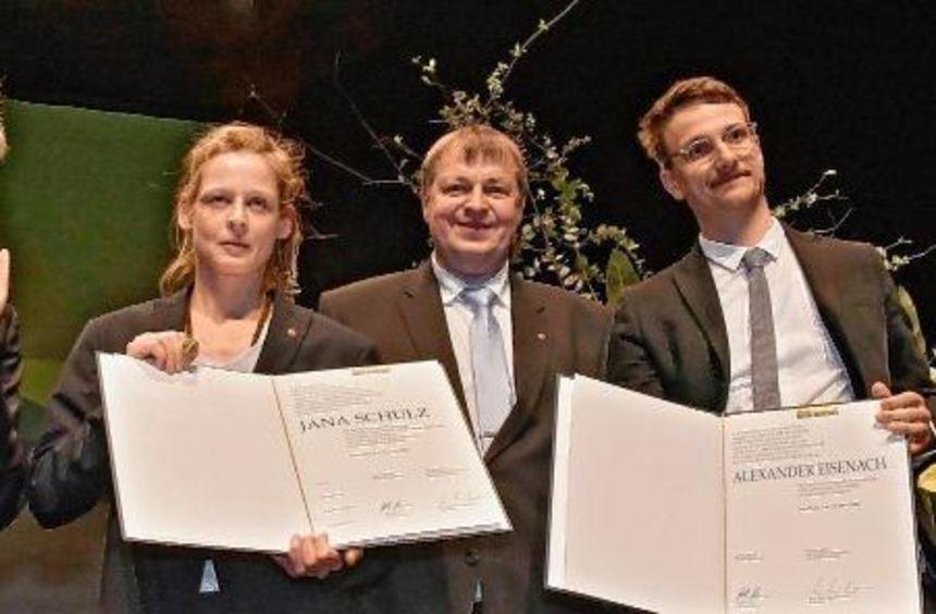 Jana Schulz erhielt am Samstagabend im Bensheimer Parktheater den Gertrud-Eysoldt-Ring. Unser Bild ...