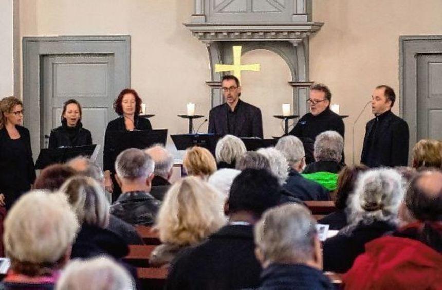 Das Vokalensemble Voccata Heidelberg gastierte zum Passionskonzert in der evangelischen Kirche ...
