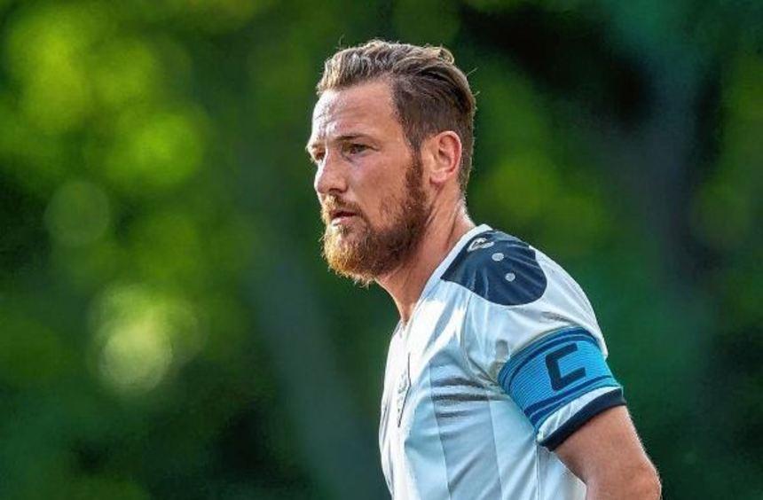 Bis mindestens 2019 am Alsenweg: Michael Fink verlängerte gestern seinen Vertrag als Co-Trainer ...