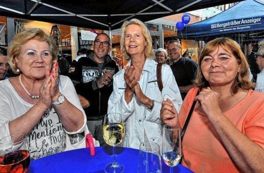 """Gute Stimmung garantiert: Der Jazz-Tag """"von 10 bis Zehn"""" am Bürgerwehrbrunnen in Bensheim lockt in ..."""