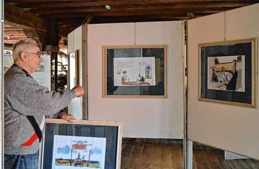 Peter Biller vom Museumsverein Erfatal bei den letzten Vorbereitungen für die neue Öffnungssaison ...