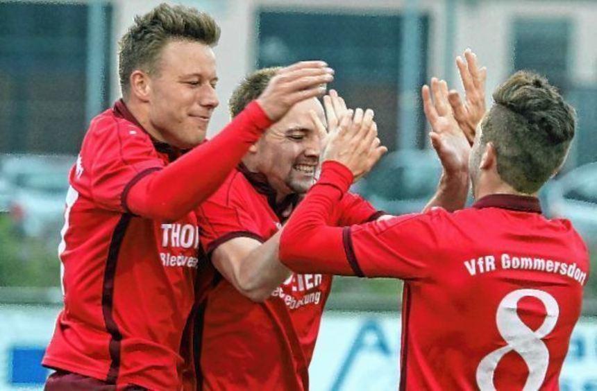 Der VfR Gommersdorf hat gestern die Meisterschaft in der Fußball-Landesliga Odenwald perfekt ...