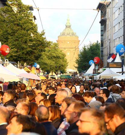 Beim Stadtfest Ende Mai erwarten die Veranstalter unverändert 250 000 bis 300 000 Besucher auf den ...
