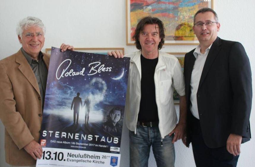 Roland Bless (Ex-Pur) kommt zu einem Konzert seiner Tournee Sternstaub nach Neulußheim in die ...