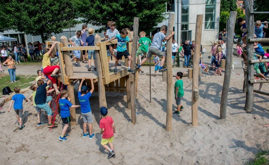 Klettergerüst Planer : Schiller schule hatte gleich zwei gründe zum feiern bergsträßer