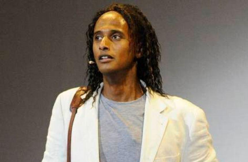 Macht auf der Bühne eine gute Figur: Komiker Tedros Teclebrhan.