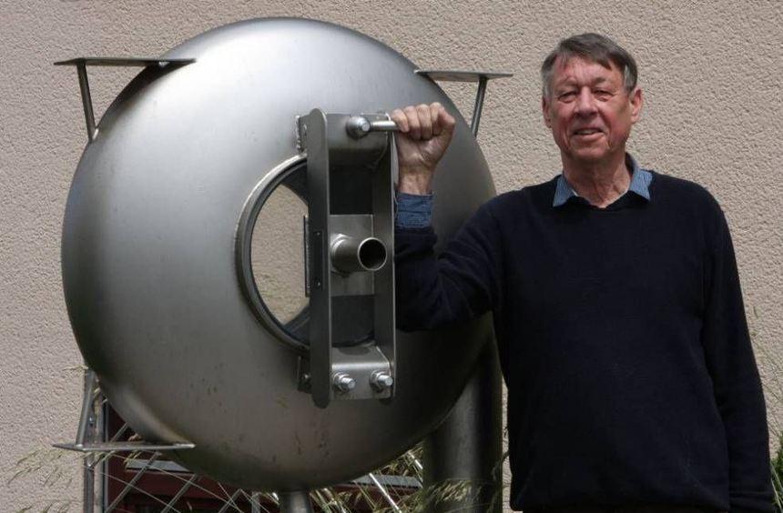 Er hatte 31 Jahre lang alles im Griff: Der Unternehmensgründer Professor Dr. Hansjörg Brombach ...
