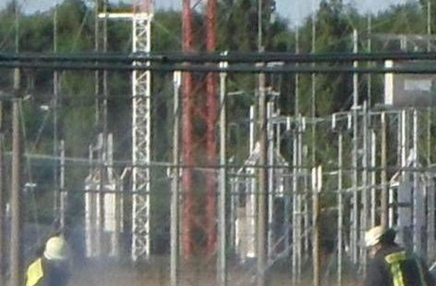 Am Sender hat ein abgerissenes Kabel einen Brand ausgelöst.
