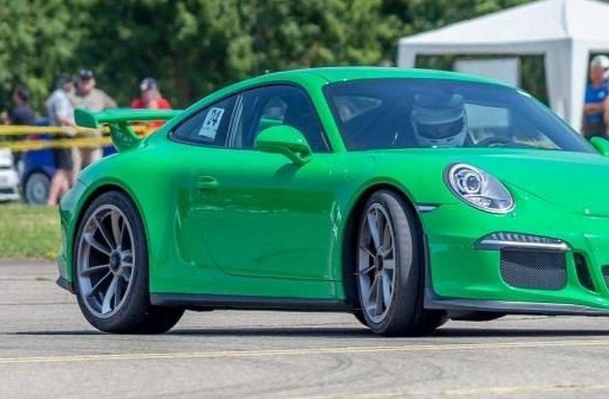 Rudolf Brandl vom MSC Walldürn belegte auf seinem Porsche 911 GT3 in der Gruppe G der seriennahen ...