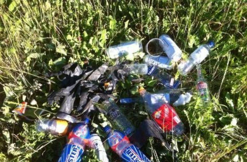 Einer von zahlreichen Müllhaufen, die gestern zu entsorgen waren.