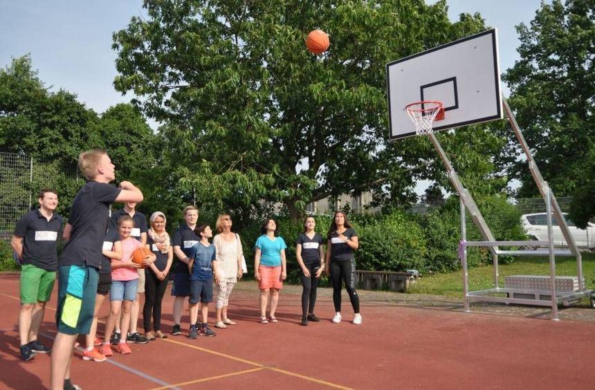 Der Schriesheimer Jugendgemeinderat hat es geschafft: Im Sportzentrum konnten jetzt die ...
